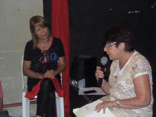 Homenaje Cabal 26 feb 2015_Ana Emilia Silvia lee un análisis de Secretos de familia