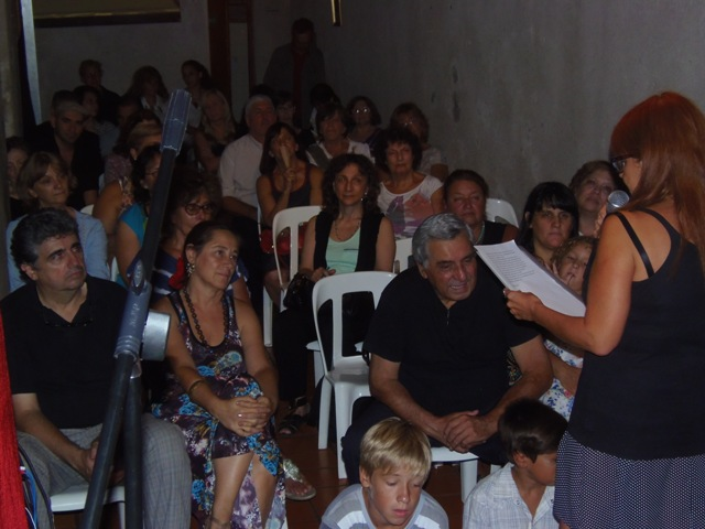 Homenaje Cabal 26 feb 2015_Público atento a las palabras de Laura Giussani
